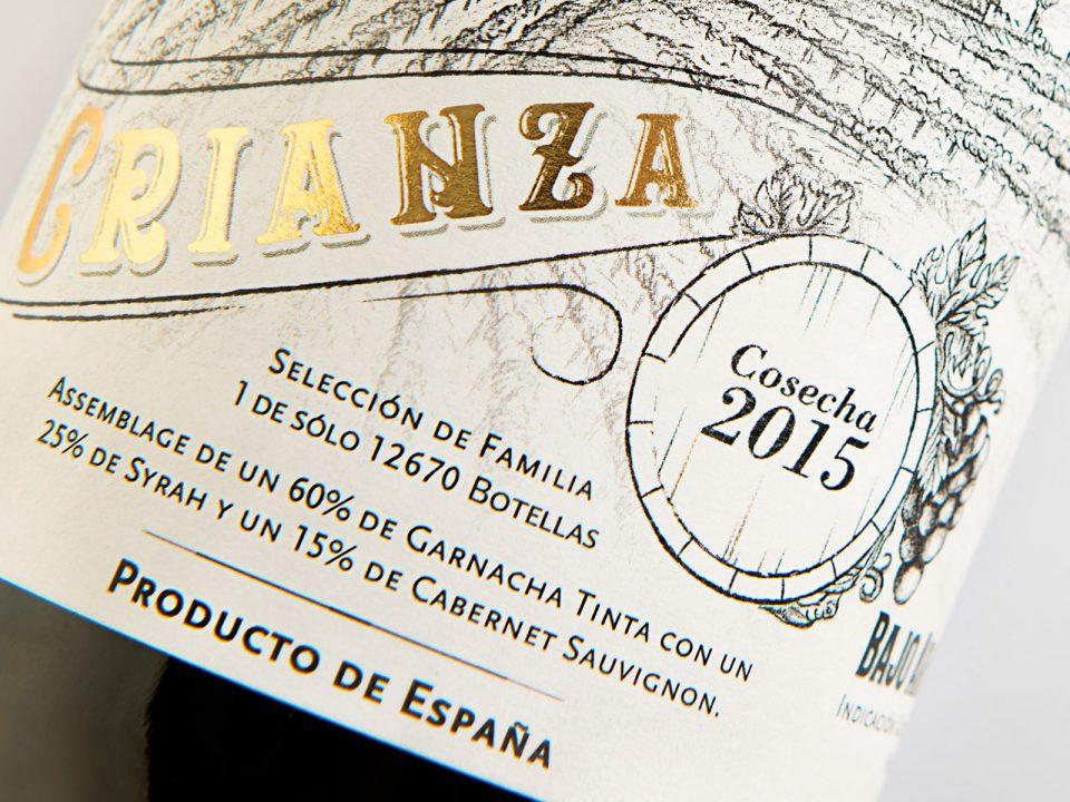 diseño etiqueta de vino crianza